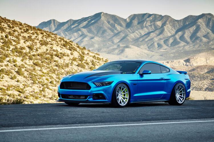 2015 Ford Mustang Chrome – FR4