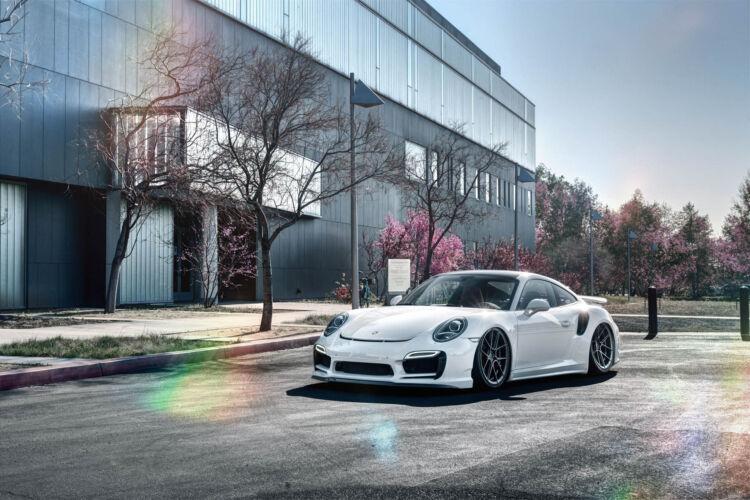 2015 Porsche 911 Bagged – FR8