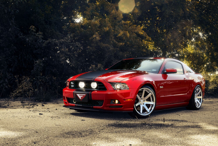 2014 Ford Mustang – FR1