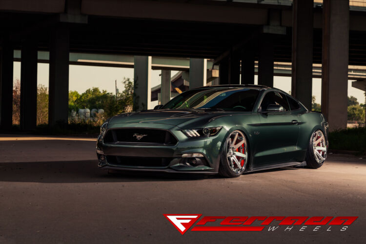 2015 Ford Mustang – FR1