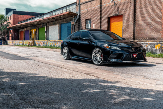 timeless combo on this Toyota camry with our FR6, TIMELESS COMBO | TOYOTA CAMRY, Ferrada Wheels, Ferrada Wheels